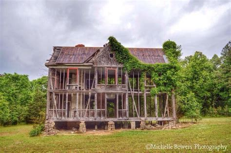 18 Unique Photos of Abandoned Homes In North Carolina