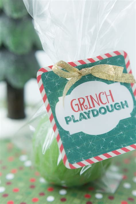 Grinch Playdough - Made To Be A Momma