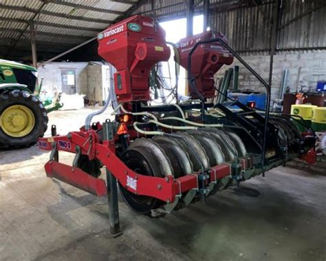 For sale Sumo trio 3 3m 1 pass cultivator with rape and