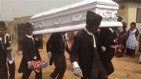 VIDEO: Corpse falls out of coffin during pallbearers