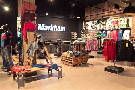 Markham flagship concept store by TDC&Co