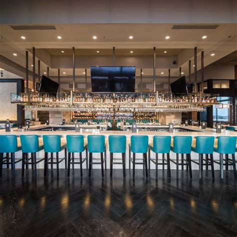 Perry's Steakhouse & Grille - River Oaks Restaurant