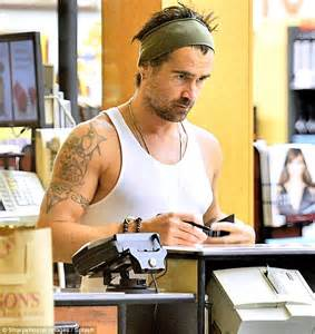 Colin Farrell shops for organic lettuce at Whole Foods