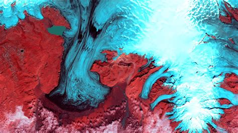 Earth becomes art in breathtaking satellite imagery | The