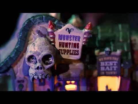 """Check Out the Halloween 2017 """"Spooky Town"""" Collection"""