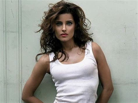 Nelly Furtado Calls Out YouTube For Miserly Payments