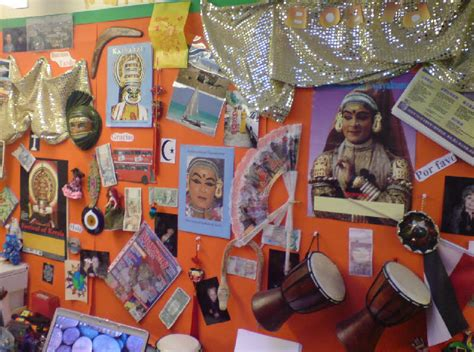 Multicultural board classroom display photo - Photo